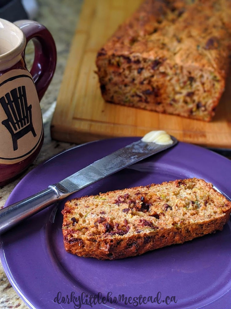 zucchini bread full of chocolate and sweetened with maple syrup.