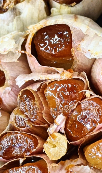 Roasted Garlic Oil (& Storing roasted garlic!)