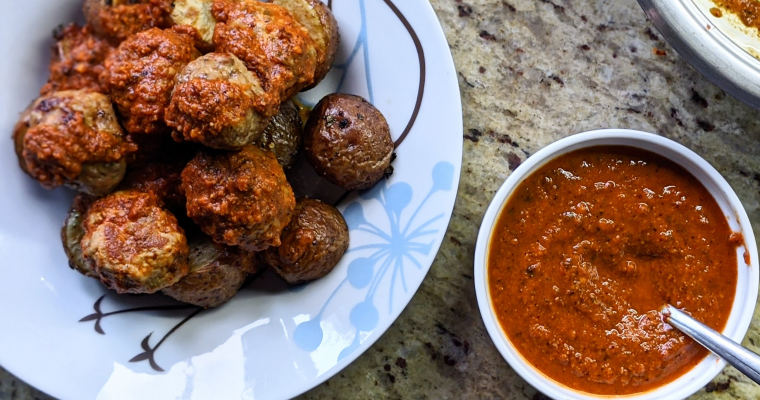 Meatballs in Red Pepper Sauce